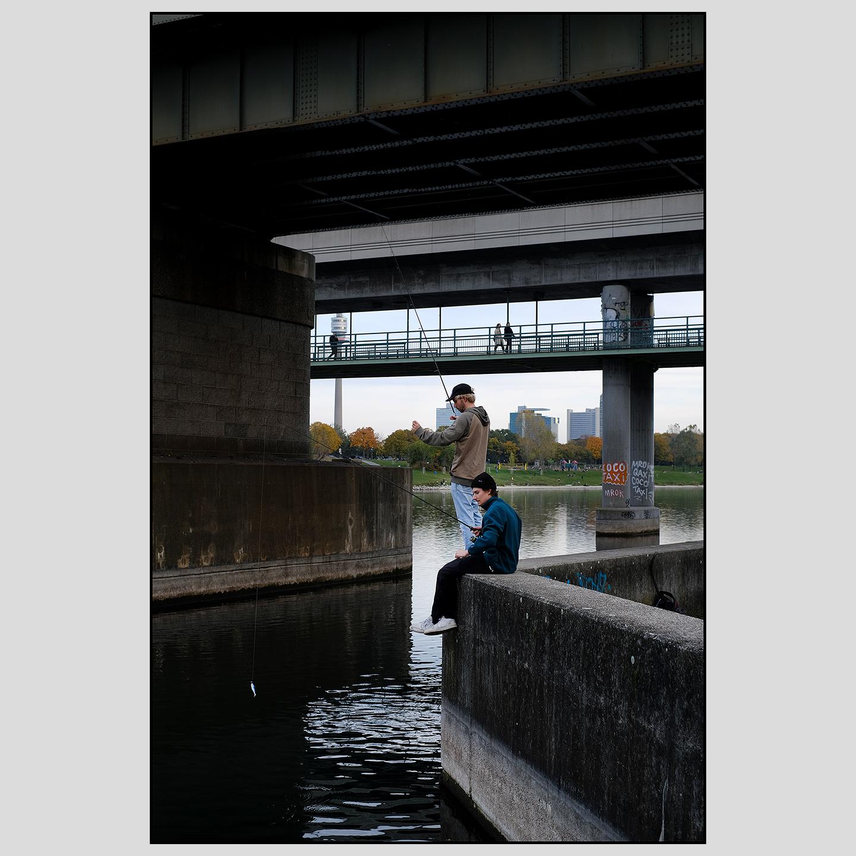 Fishermen beneath Norbahn Bridge | October 2020