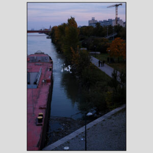 Purple-redish sunset at Handelskai | October 2020